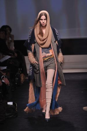 Показы мод Missoni Осень-зима 2009-2010 | Подиум на ELLE - Подиум - фото 3160