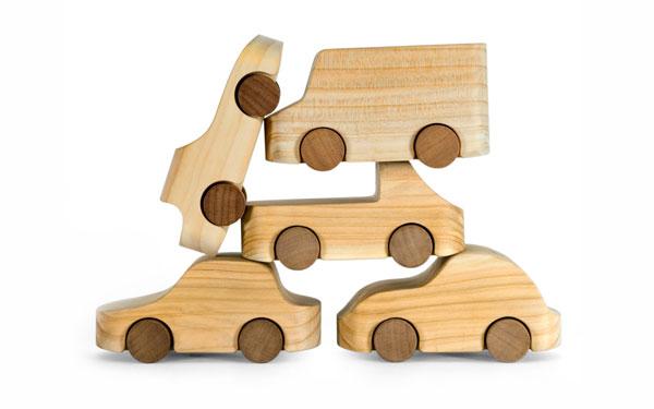 Знаменитые деревянные машинки TobeUs в Москве   галерея [1] фото [2]
