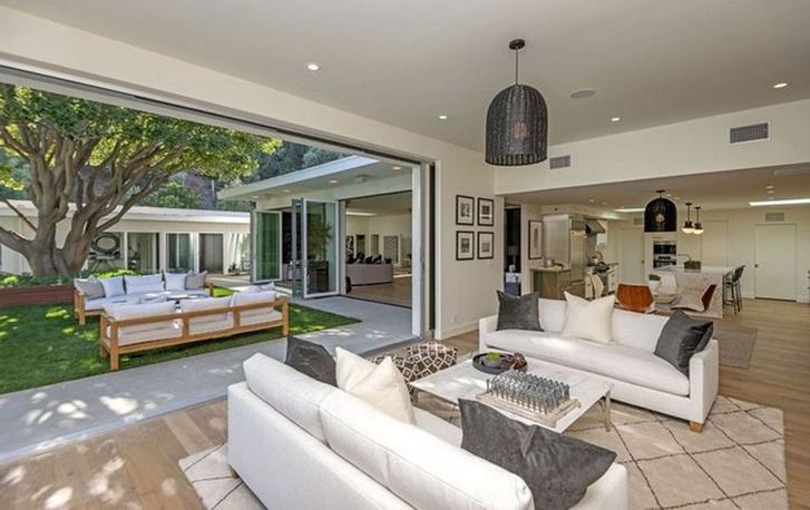Новый особняк Синди Кроуфорд в Беверли-Хиллз фото [10]