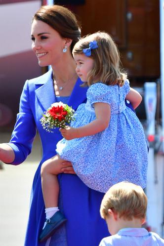 Дети Кейт Миддлтон обогнали ее в рейтинге самых стильных монархов фото [3]