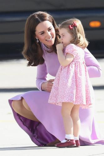 Дети Кейт Миддлтон обогнали ее в рейтинге самых стильных монархов фото [4]