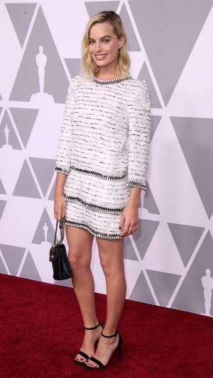 Марго Робби в Chanel на вечеринке номинантов на «Оскар» (фото 1)