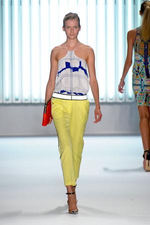 Показы мод Milly by Michelle Smith Весна-лето 2013 | Подиум на ELLE - Подиум - фото 1215