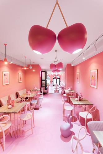 Вишенка на торте: розовое кафе в Лешно (фото 3.2)
