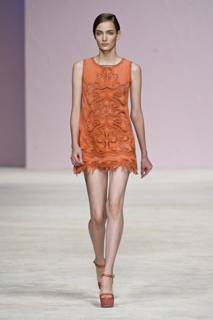Показы мод Ermanno Scervino Весна-лето 2013 | Подиум на ELLE - Подиум - фото 1123