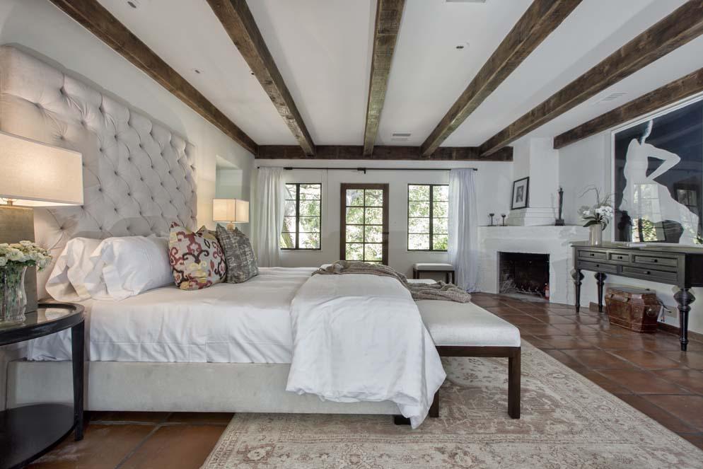 Дом Кэтрин Хепберн продан за 7,4 млн долларов | галерея [1] фото [6]