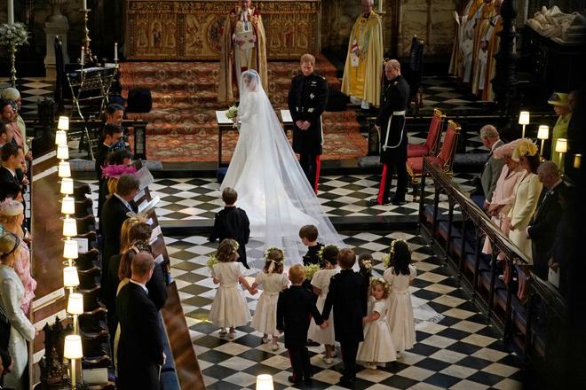 12 необычных правил, которым должны следовать королевские дети (фото 24)