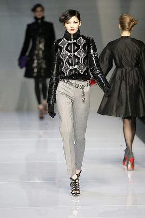 Показы мод Roccobarocco Осень-зима 2009-2010 | Подиум на ELLE - Подиум - фото 3153