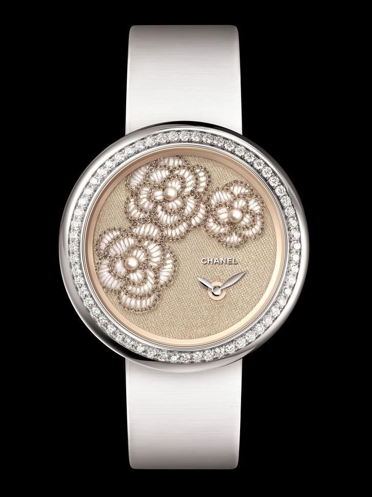 Часы Chanel Mademoiselle Privé