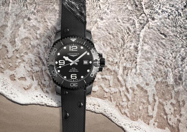 Longines представили часы, полностью выполненные из черной керамики (фото 2)