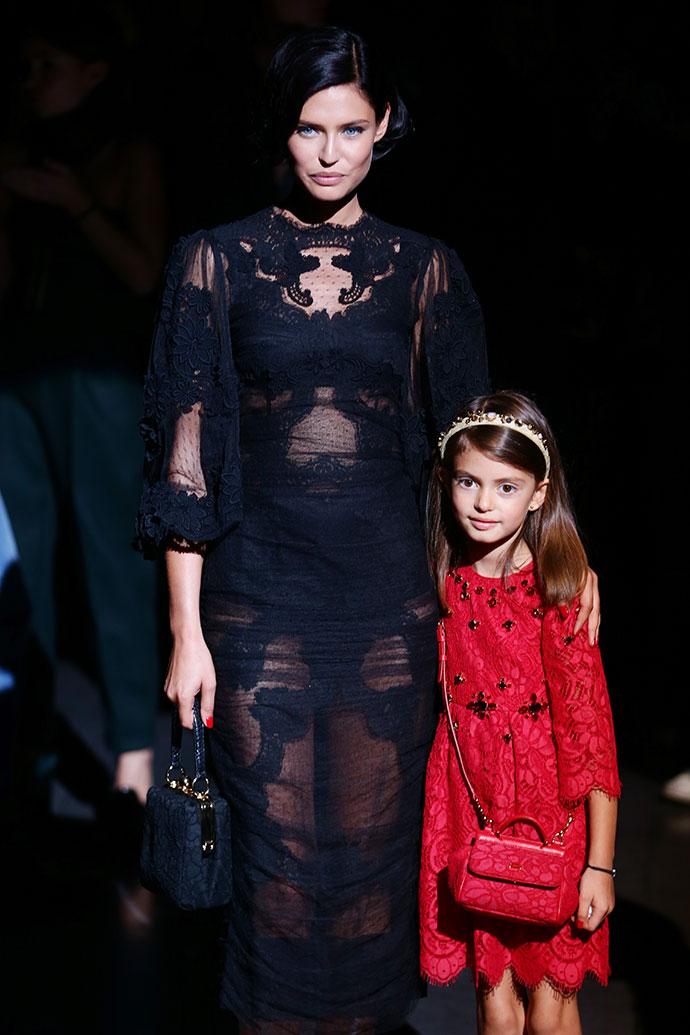 Бьянка Балти со старшей дочерью Матильдой