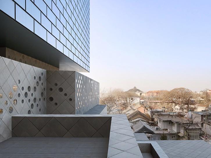 Новая штаб-квартира аукционного дома Guardian Art Center (фото 5)