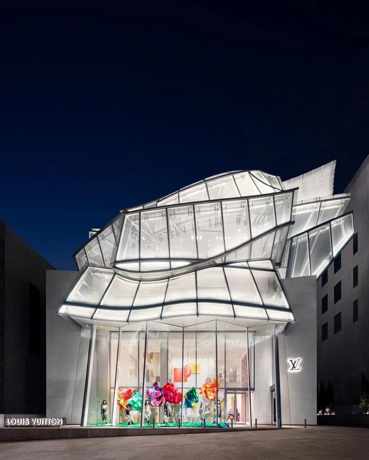 Открылся флагманский магазин Louis Vuitton в Сеуле (фото 0)