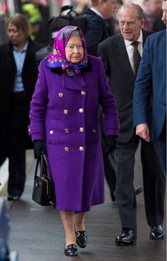 Королевский экспресс: Елизавета II отправилась в Норфолк на обычном поезде (фото 4)
