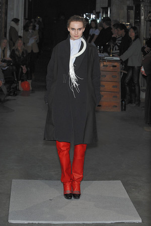 Показ Atelier Gustavo Lins коллекции сезона Весна-лето 2010 года Haute couture - www.elle.ru - Подиум - фото 138338