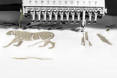 История одной сумки: как создается Dior Book Tote (галерея 1, фото 1)