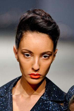 Показ On Aura Tout Vu коллекции сезона Весна-лето 2012 года Haute couture - www.elle.ru - Подиум - фото 333534