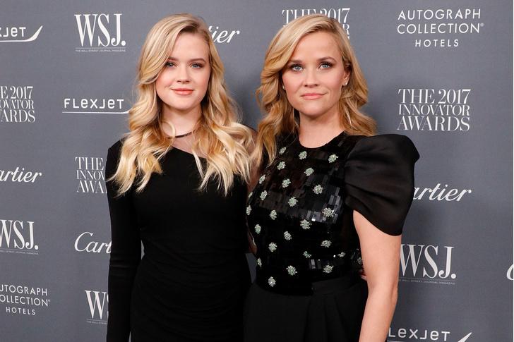 Риз Уизерспун с дочерью на Innovator Awards в Нью-Йорке (фото 3)
