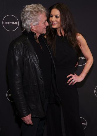 Кэтрин Зета-Джонс и Майкл Дуглас на премьере в Нью-Йорке (фото 2)