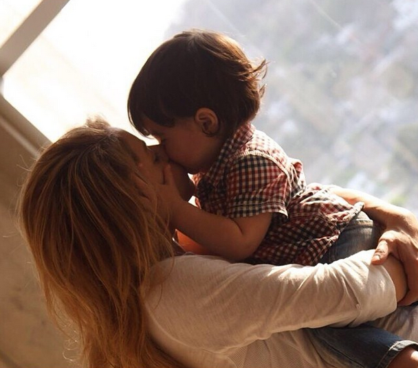 Шакира с сыном Миланом