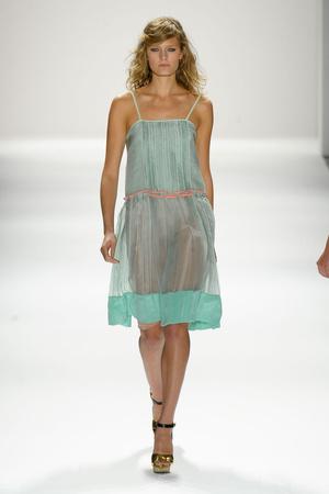 Показ Jill Stuart коллекции сезона Весна-лето 2012 года Prêt-à-porter - www.elle.ru - Подиум - фото 293104