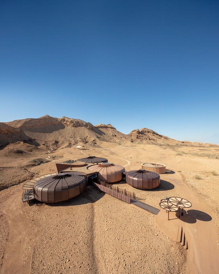 «Марсианский» парк в ОАЭ по проекту Hopkins Architects (фото 6)