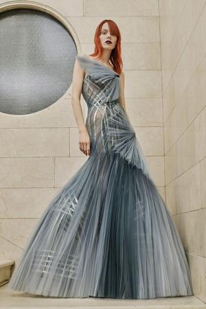 Показ Atelier Versace коллекции сезона Весна-лето  2017 года Haute couture - www.elle.ru - Подиум - фото 616874