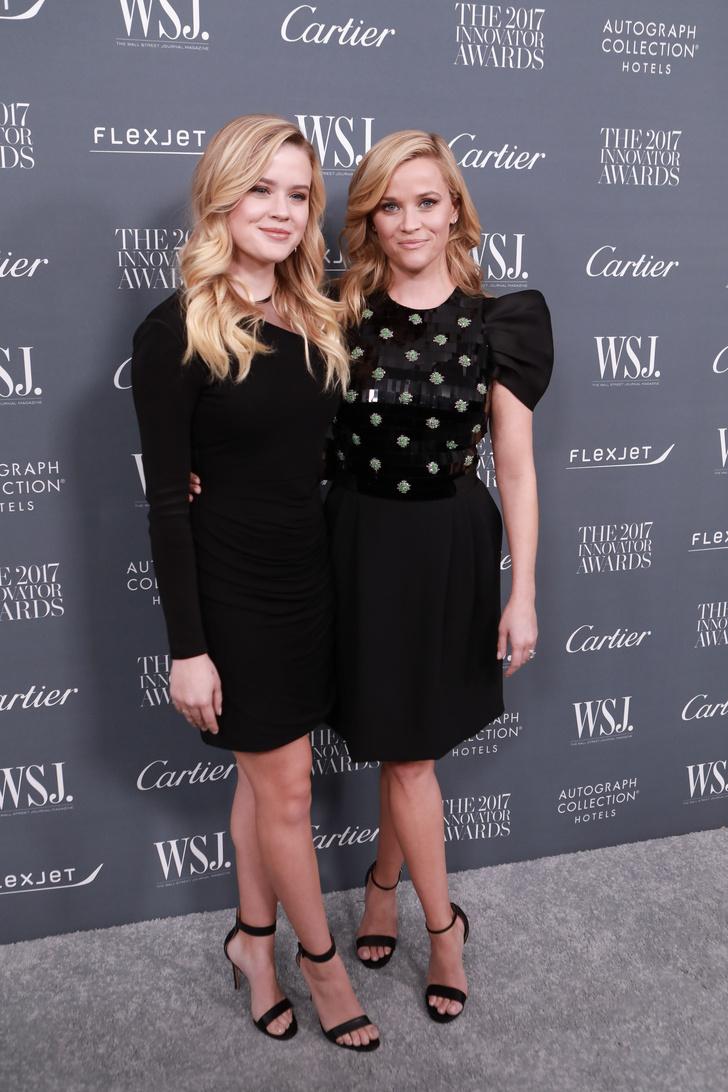 Риз Уизерспун с дочерью на Innovator Awards в Нью-Йорке (фото 2)