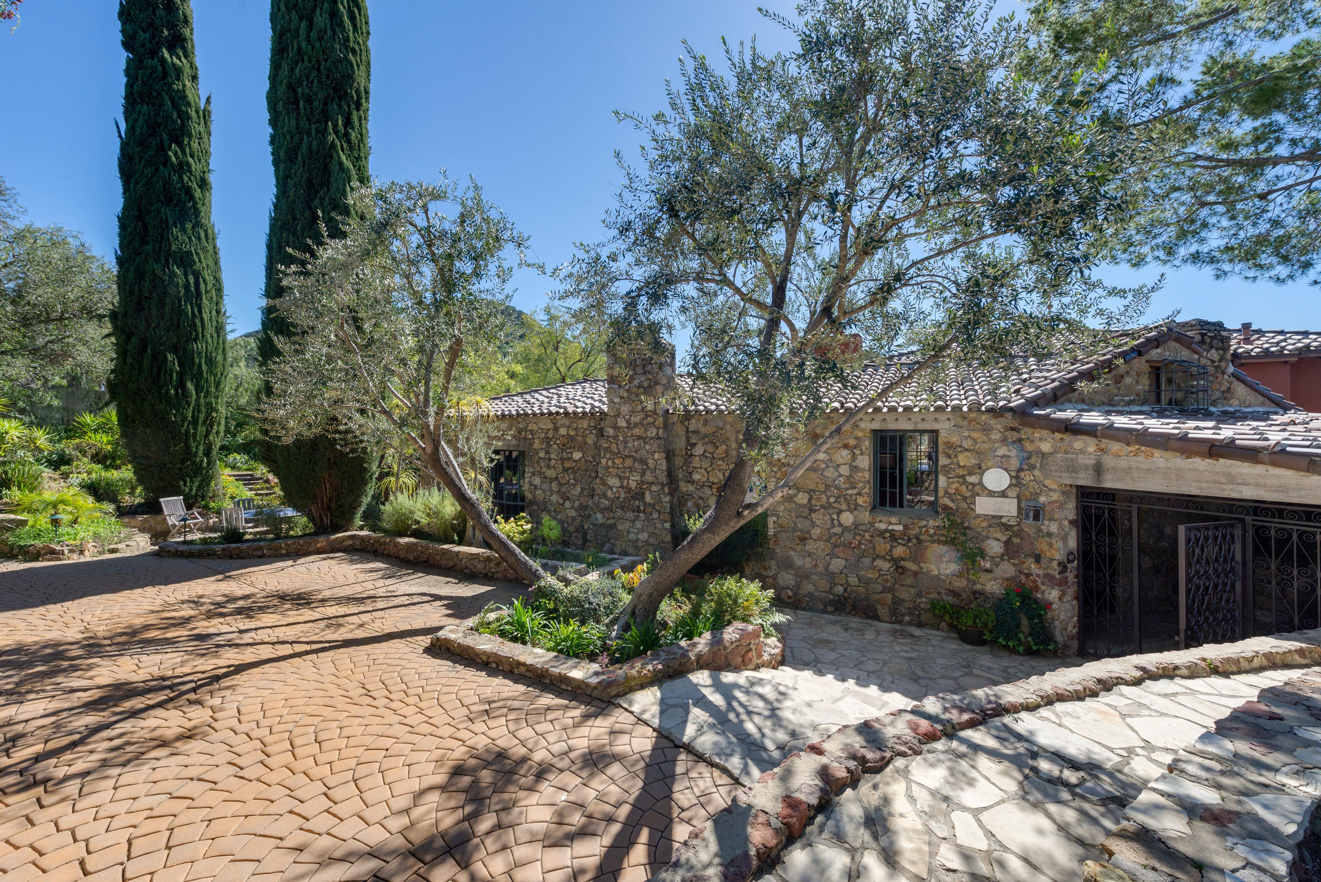Дом Тома Петти в Калифорнии выставлен на продажу | галерея [1] фото [10]