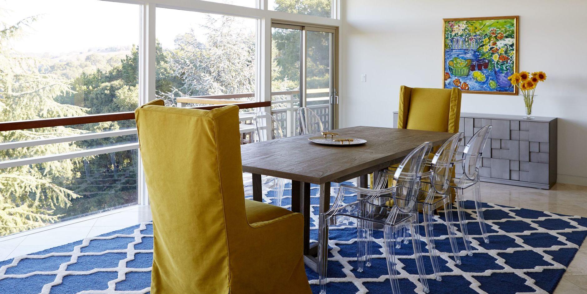 Прозрачные стулья в интерьере: 20+ примеров (галерея 1, фото 9)
