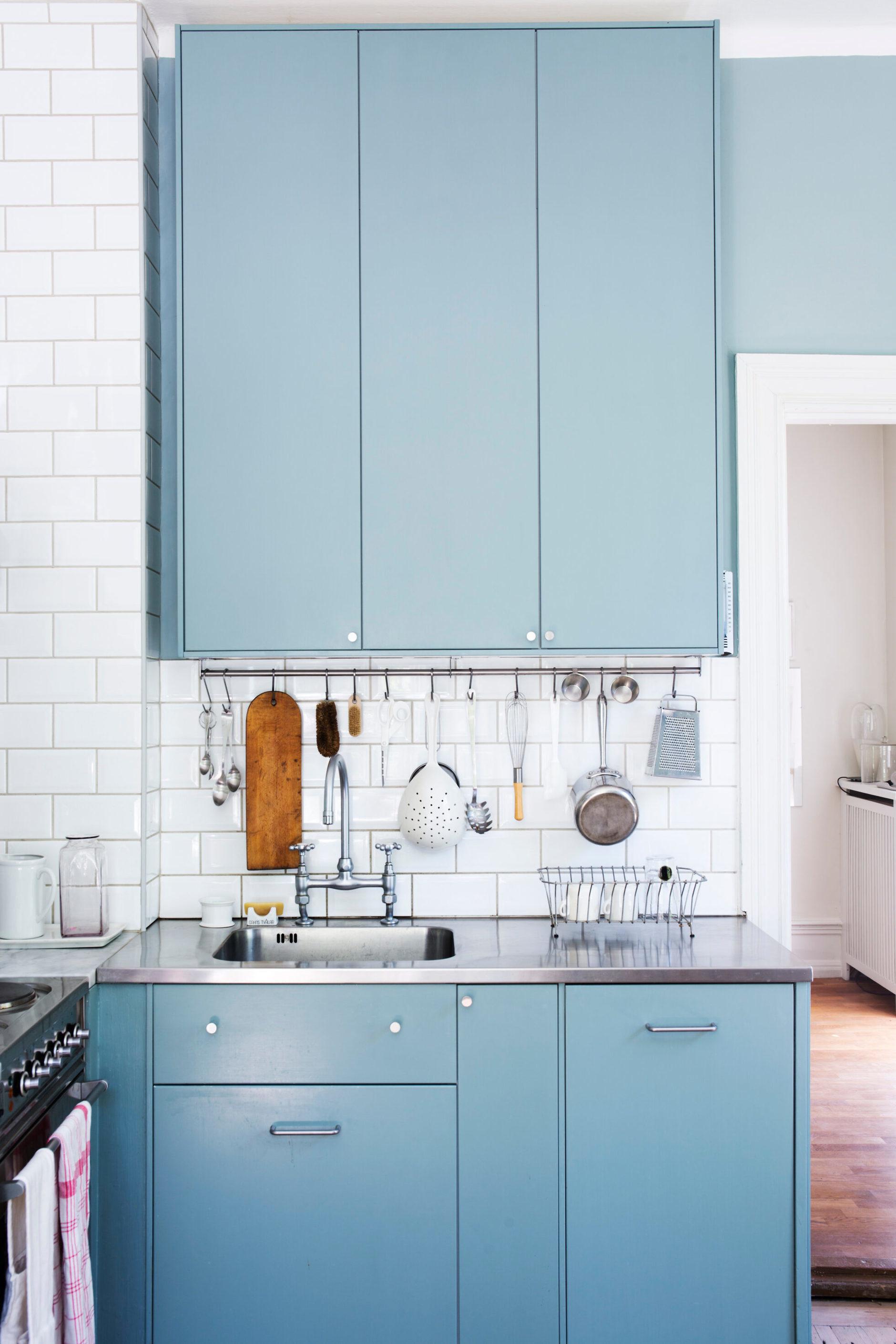 Голубой цвет на кухне: 15+ примеров (галерея 0, фото 2)