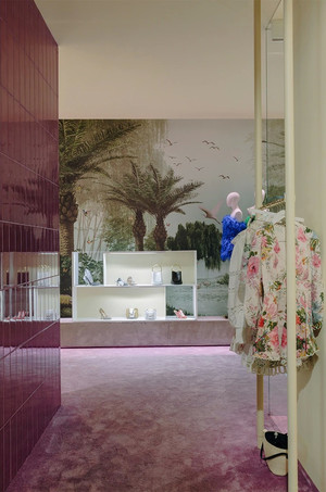 Райский сад: бутик LuisaVia Roma во Флоренции (фото 8.1)