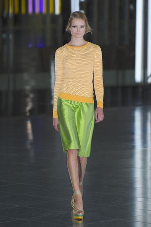 Показы мод Jonathan Saunders Весна-лето 2012 | Подиум на ELLE - Подиум - фото 1954