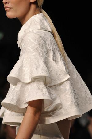 Показы мод Paul Costelloe Весна-лето 2009 | Подиум на ELLE - Подиум - фото 3389
