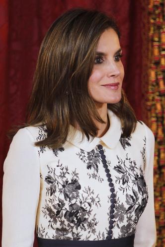 Сама элегантность: королева Летиция в платье Felipe Varela (фото 2)