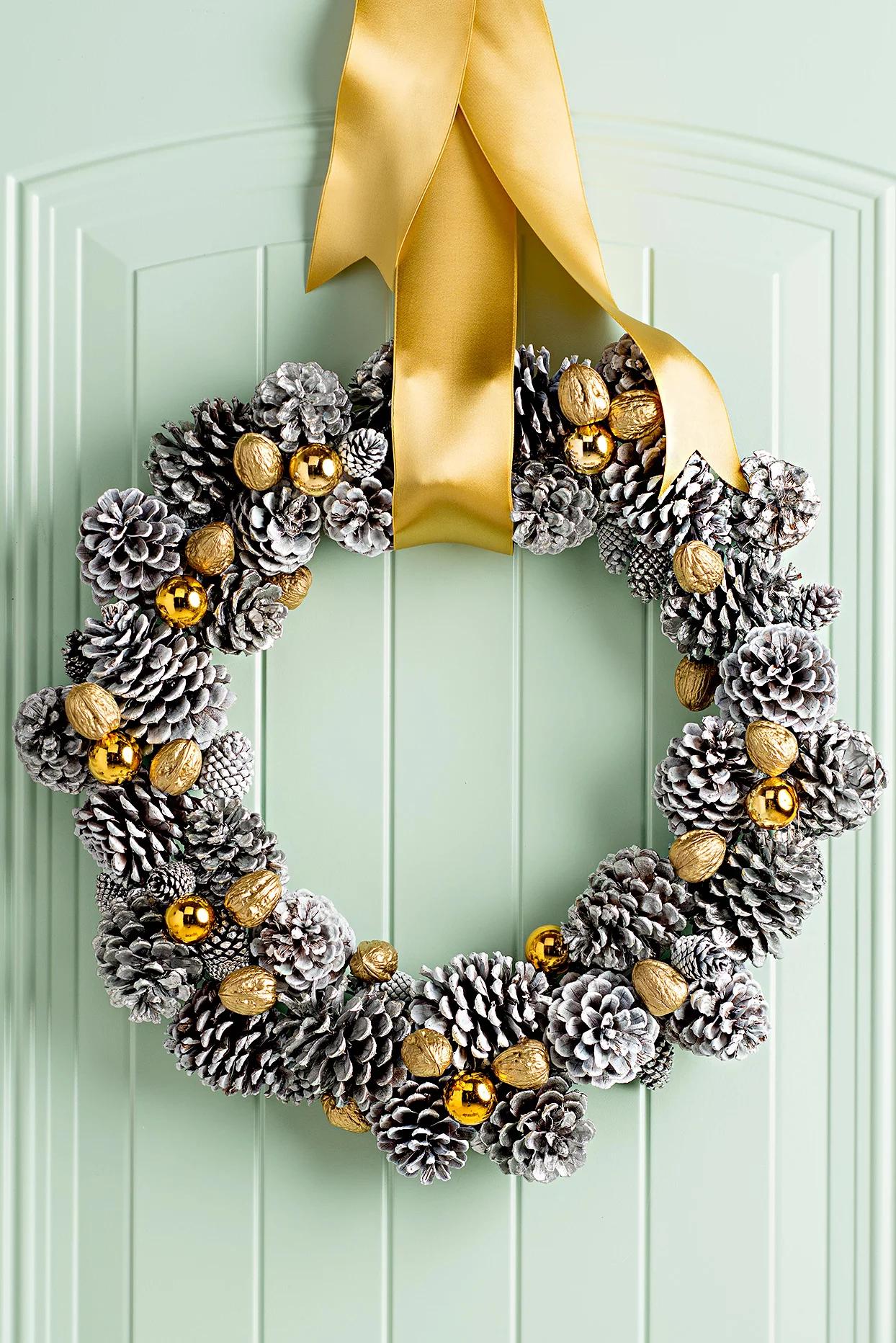 Рождественский декор из шишек: 20 идей и примеров (галерея 0, фото 8)