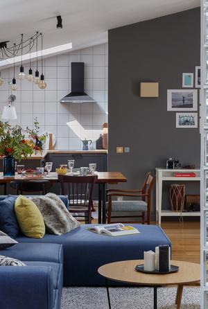 Квартира в мансарде 90 м² (фото 1)
