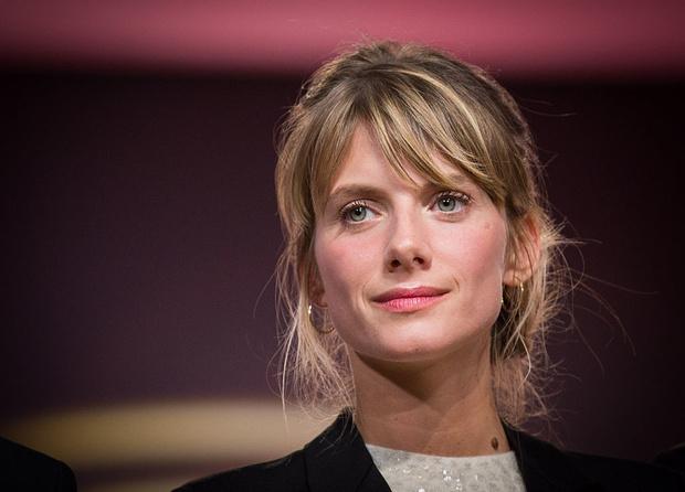 Французский дух: что нужно знать о Мелани Лоран (фото 6)