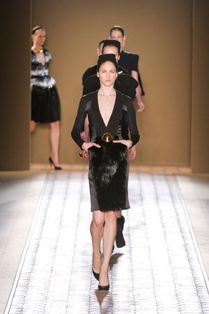 Показ Christophe Josse коллекции сезона Осень-зима 2012-2013 года Haute couture - www.elle.ru - Подиум - фото 403070