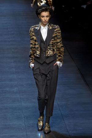 Показ Dolce & Gabbana коллекции сезона Осень-зима 2011-2012 года prêt-à-porter - www.elle.ru - Подиум - фото 246935