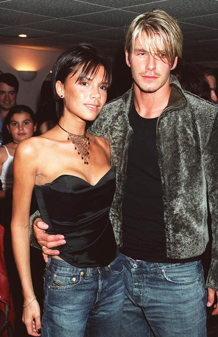 Виктория и Дэвид Бекхэм после концерта Уитни Хьюстон на стадионе Уэмбли в Лондоне (1999)
