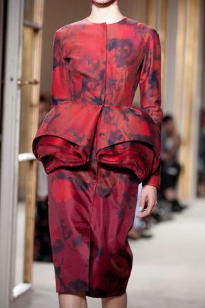 Показ Giambattista Valli коллекции сезона Осень-зима 2012-2013 года Haute couture - www.elle.ru - Подиум - фото 403788