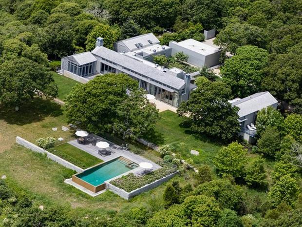 Летняя резиденция Барака Обамы выставлена на продажу (фото 2)