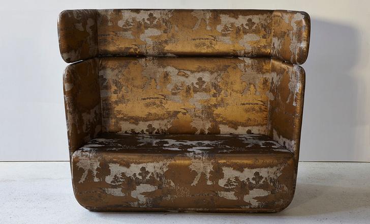 Кресло в обивке из ткани Sumi, коллекция Venezia, Rubelli, шоу-рум Rubelli, салоны Lege Alto, DeLuxe Home Creation.
