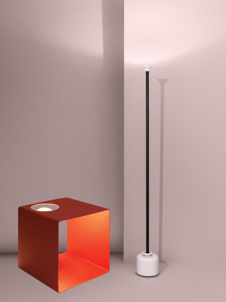 Настольная лампа 594, Arteluce, 1962 год, галерея Christine Diegoni. Торшер 1095, переиздание оригинала 1962 года, Flos.