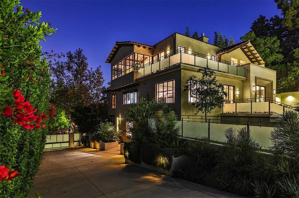 Рианна продает свой особняк в Голливуде (галерея 7, фото 4)