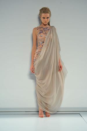 Показ  коллекции сезона Осень-зима 2009-2010 года Haute couture - www.elle.ru - Подиум - фото 87237