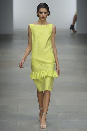 Показы мод Osman Весна-лето 2012 | Подиум на ELLE - Подиум - фото 1925