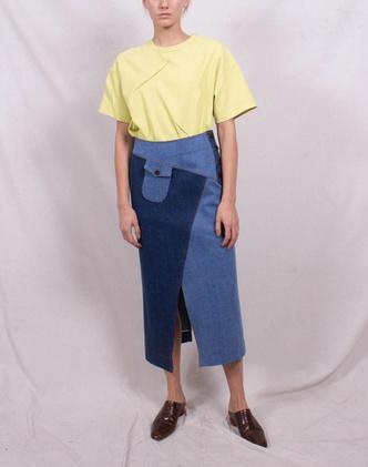 Всего одна юбку на весну — джинсовая миди, как носили наши мамы (фото 10.2)
