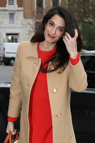 беременная Амаль Клуни фото